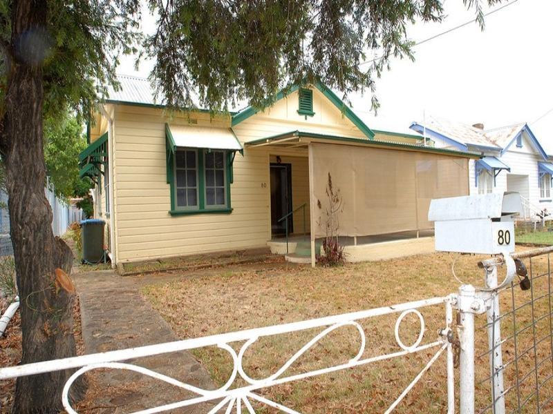 80 Laidlaw St, Boggabri, NSW 2382