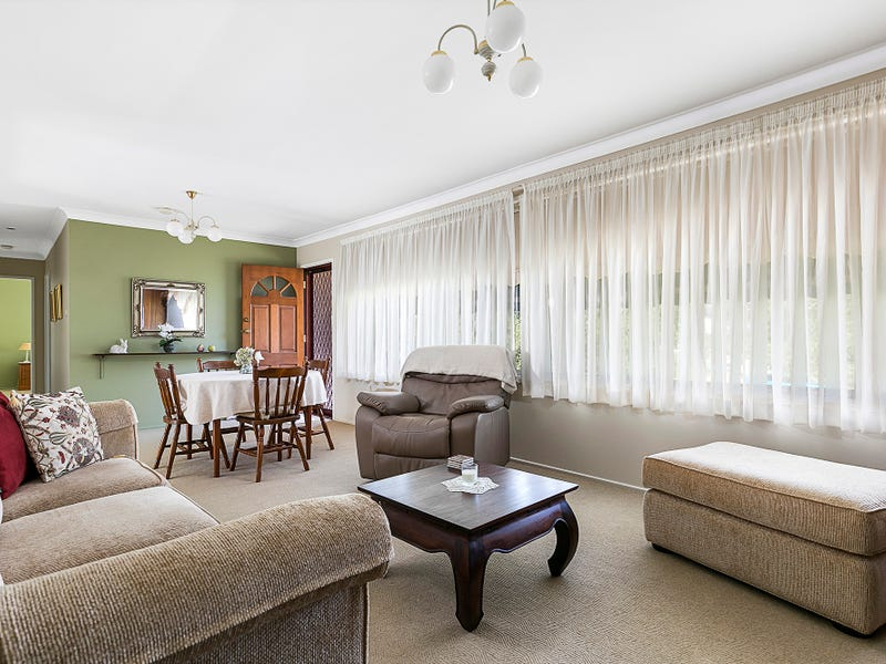 2 Lisbon Circuit, Castle Hill, NSW 2154