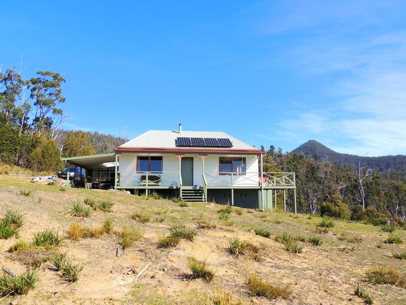 129 Banticks Creek Road, Four Mile Creek, Tas 7215