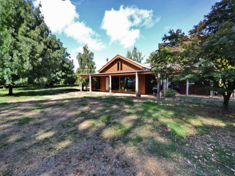 3092 Mansfield-Whitfield Rd, Tolmie, Vic 3723