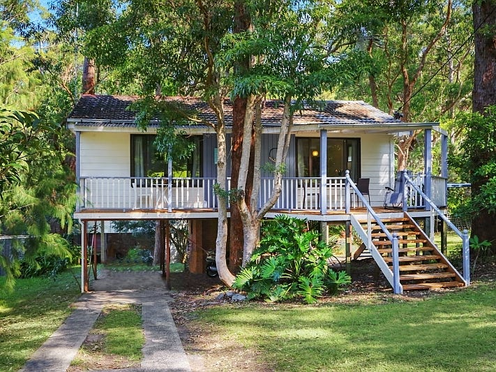 24  Garnet Road, Pearl Beach, NSW 2256