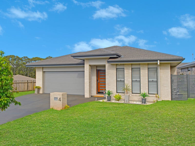 4 Clunes Street, Port Macquarie, NSW 2444