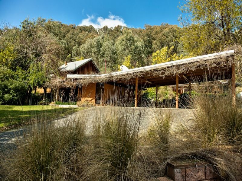 1950 Beechworth Road, Indigo Valley, Vic 3688