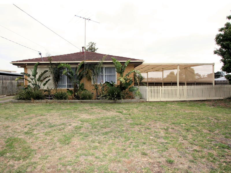 20 Young Street, Breakwater, Vic 3219