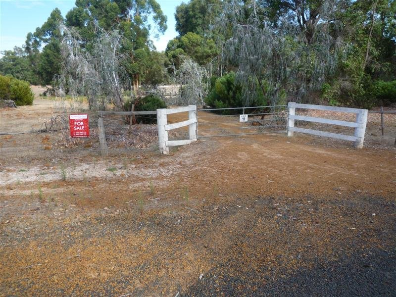 11 Blackwood River Drive, Nannup, WA 6275