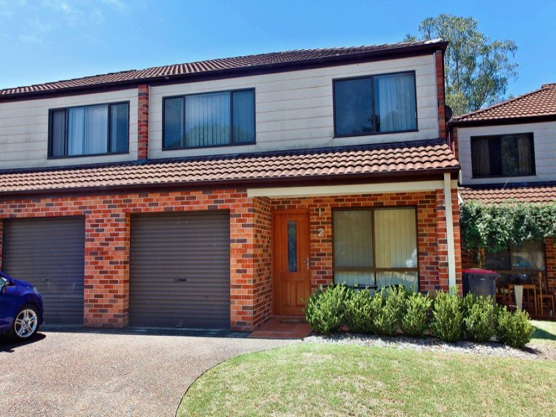 2/8 Mistletoe Place, Claremont Meadows, NSW 2747