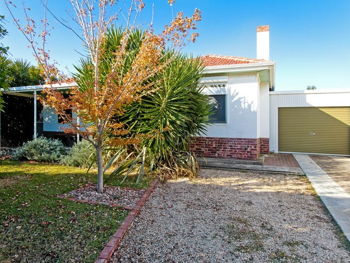 26 Radford Avenue, Clearview, SA 5085