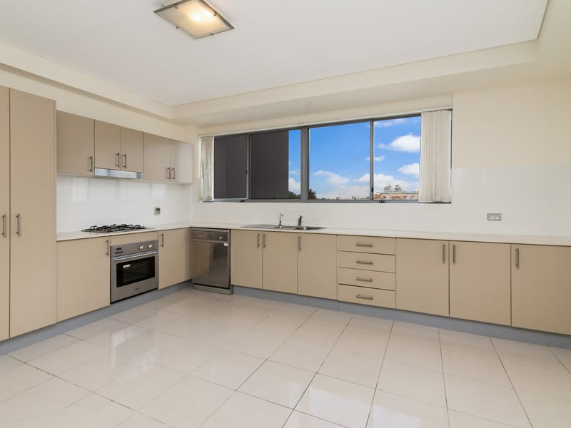 20/2-6 Warrigal St, The Entrance, NSW 2261