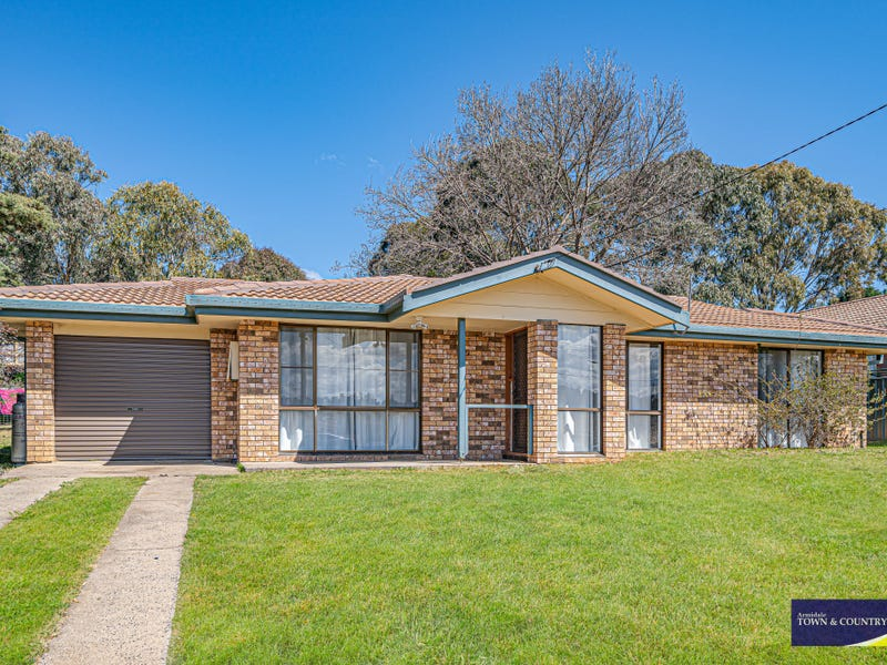 52 Claude, Armidale, NSW 2350