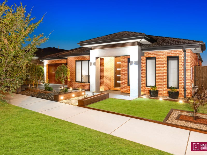 14 Thoroughbred Dr, Clyde North, Vic 3978