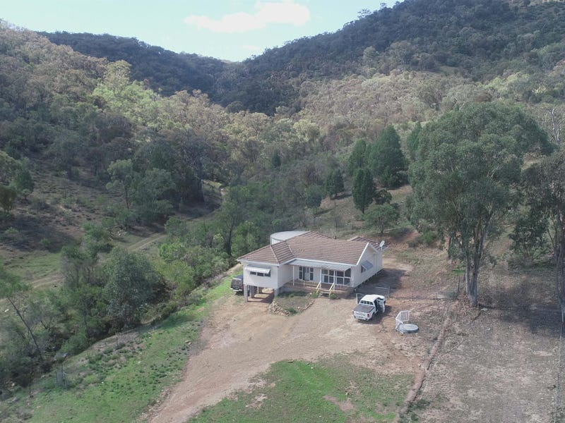 243 Beragoo Road, Grattai, NSW 2850