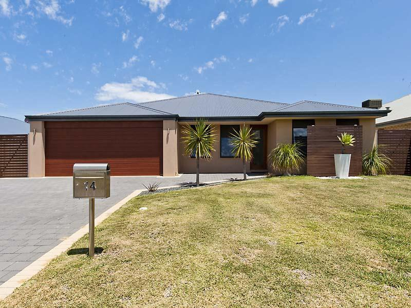 14 Voltaire Way, Secret Harbour, WA 6173