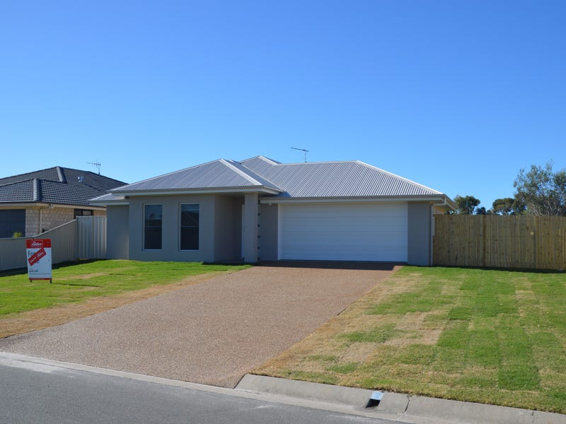 13 Honey Myrtle Close, Burrum Heads, Qld 4659