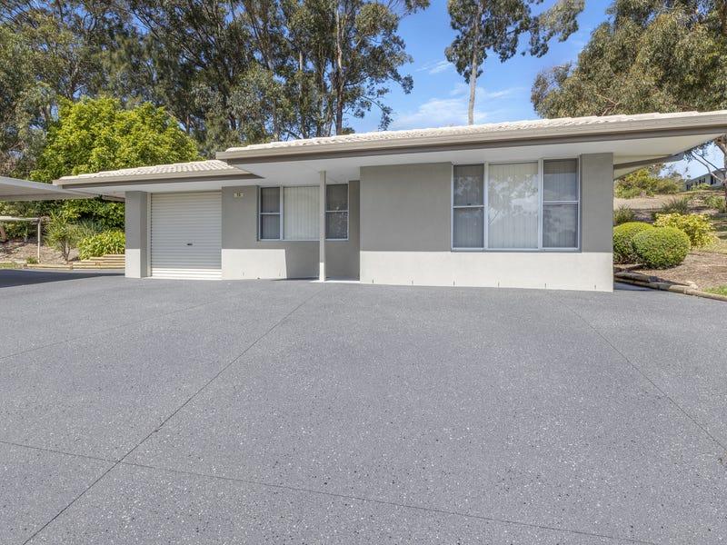 73 Lochinvar Place, Port Macquarie, NSW 2444