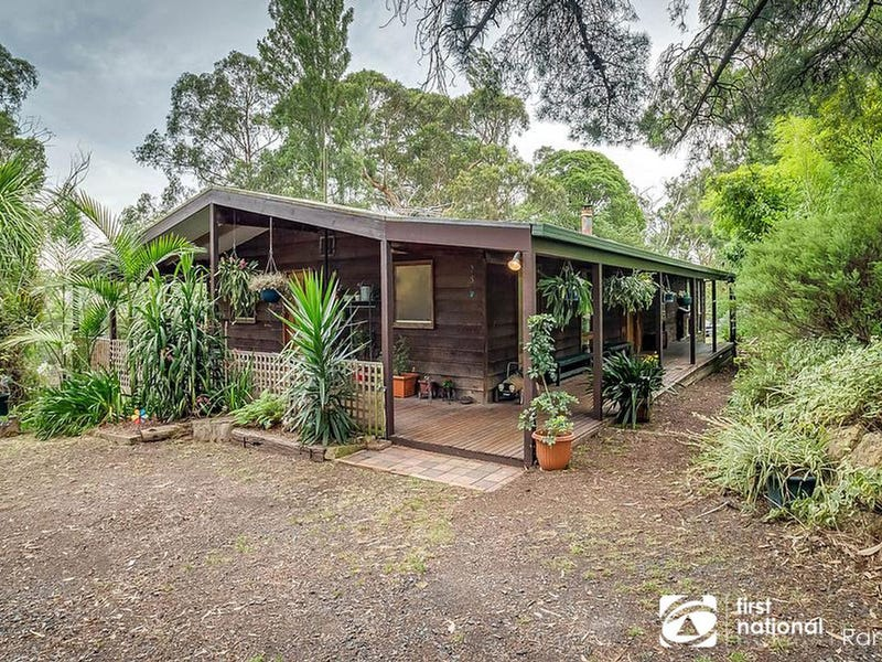 5 Beech Avenue, Selby, Vic 3159