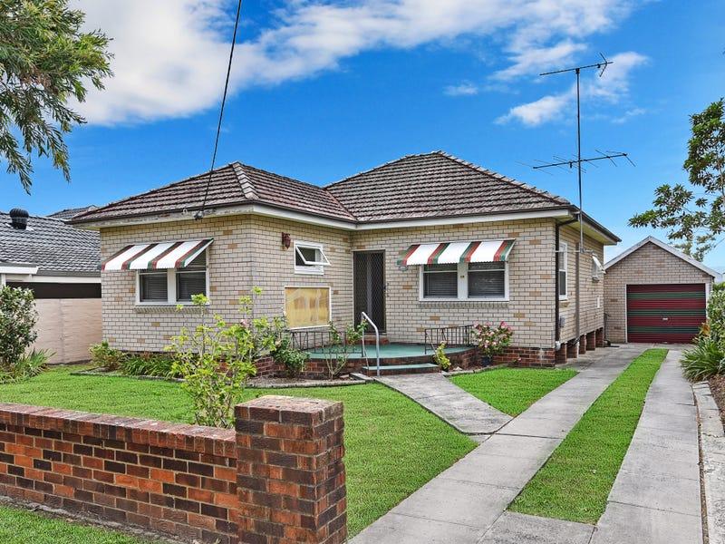 17 Eulalia Avenue, Point Frederick, NSW 2250