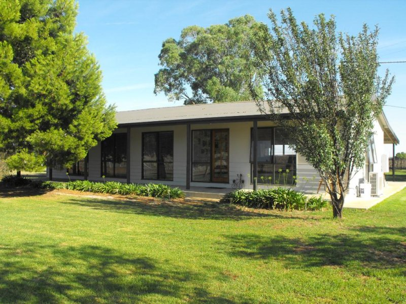 85 RANNOCK ROAD, Coolamon, NSW 2701