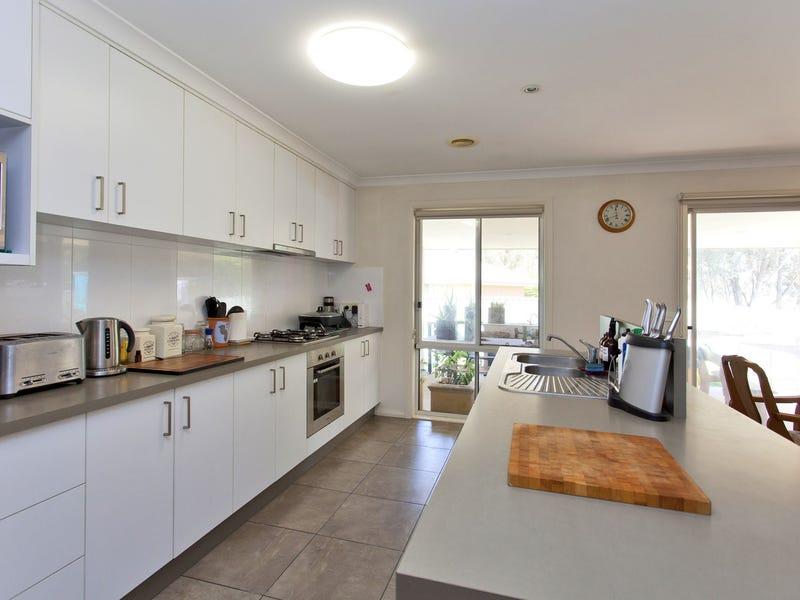 6 Snowgum Place, Thurgoona, NSW 2640