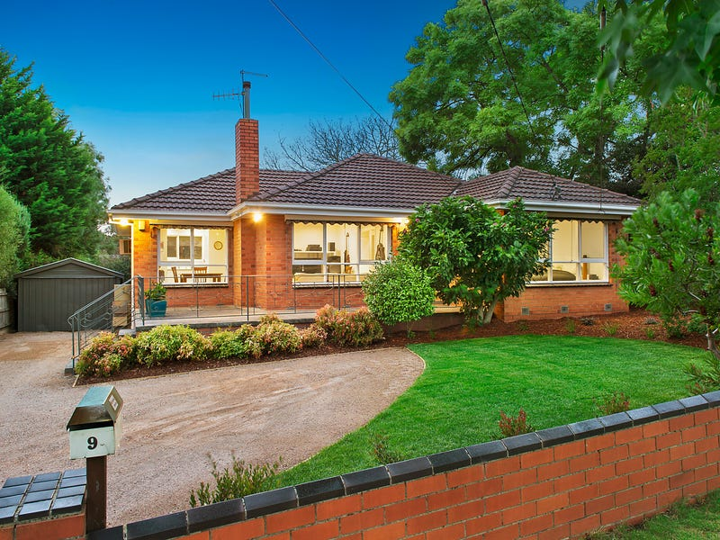 9 Bronhill Road, Ringwood East, Vic 3135
