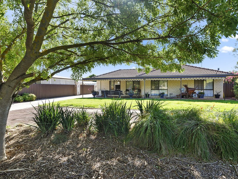 13 Jones St, Avenel, Vic 3664