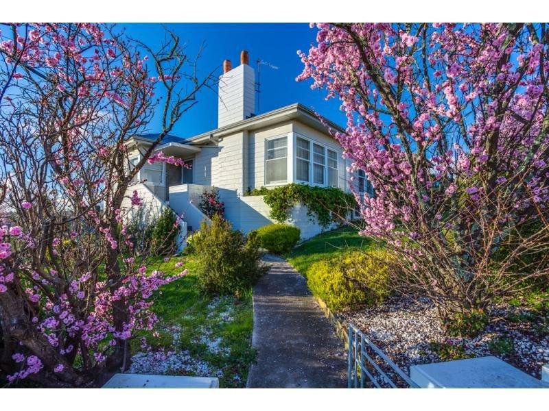 16 Amy Road, Newstead, Tas 7250