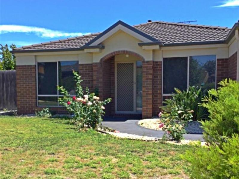 27 Norwegian Way, Narre Warren South, Vic 3805