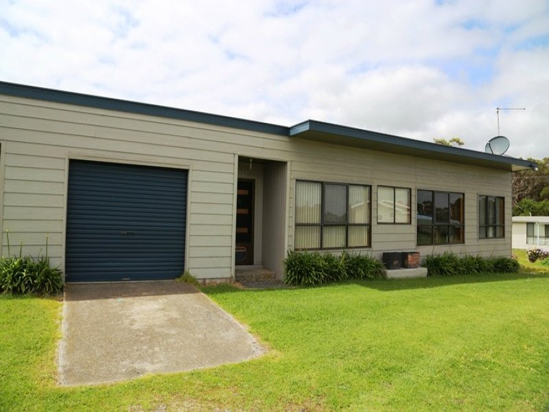 6 Charles Street, Crayfish Creek, Tas 7321
