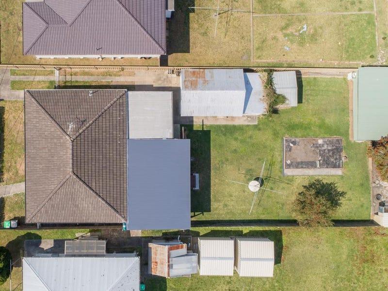 11 Macquarie Avenue, Gateshead, NSW 2290