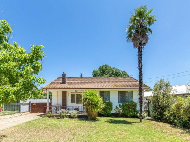 15 Agnes Avenue, Crestwood, NSW 2620