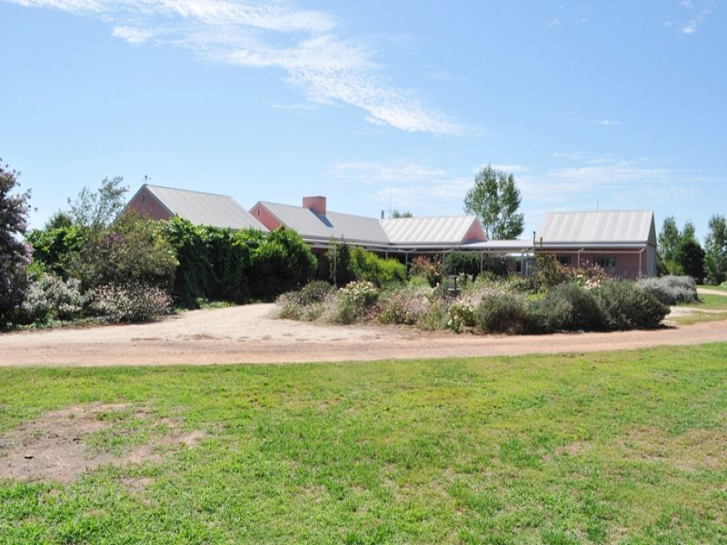 """Willow Bend"" 248 Ralvona Lane, Holbrook, NSW 2644"