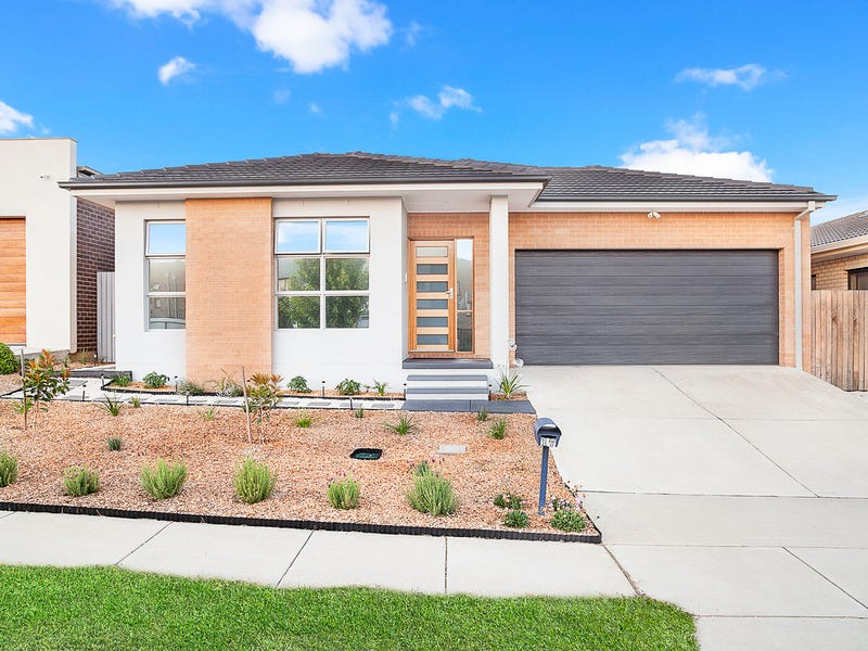 17 Helby Street, Harrison, ACT 2914