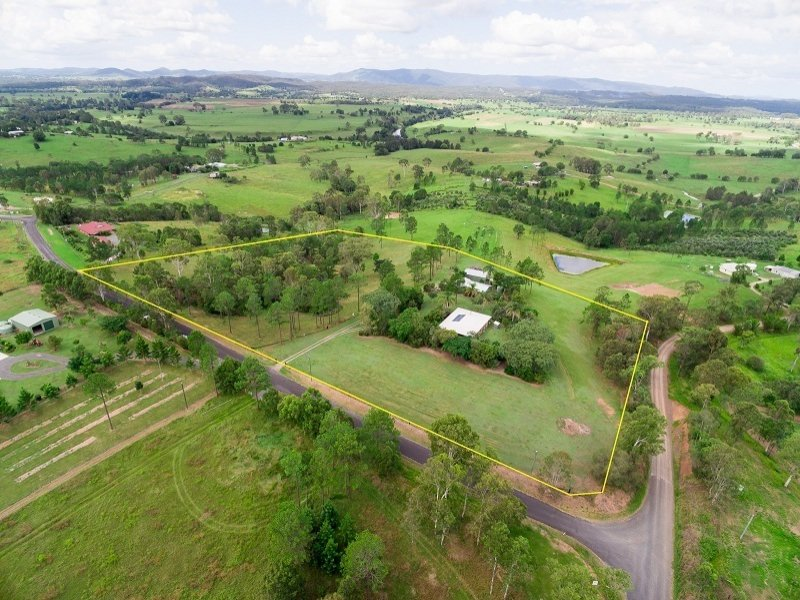 10 Kiaka Rd, Lagoon Pocket, Qld 4570