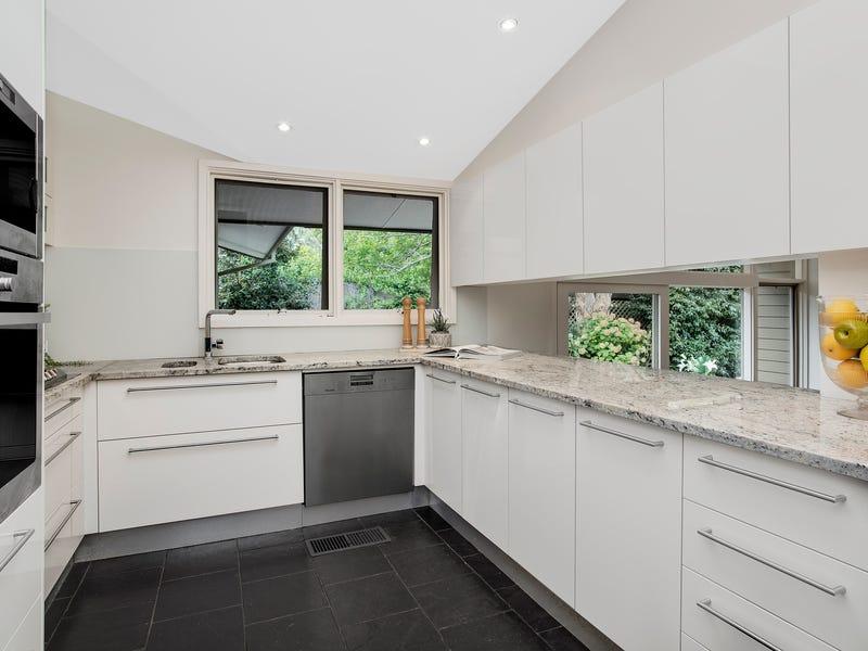 19 Athena Avenue, St Ives, NSW 2075