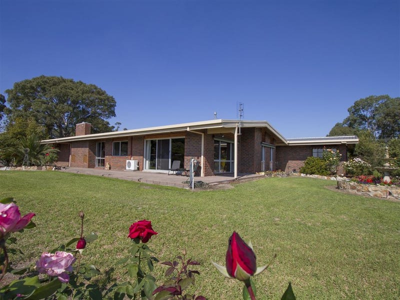 25 Neals Road, Metung, Vic 3904