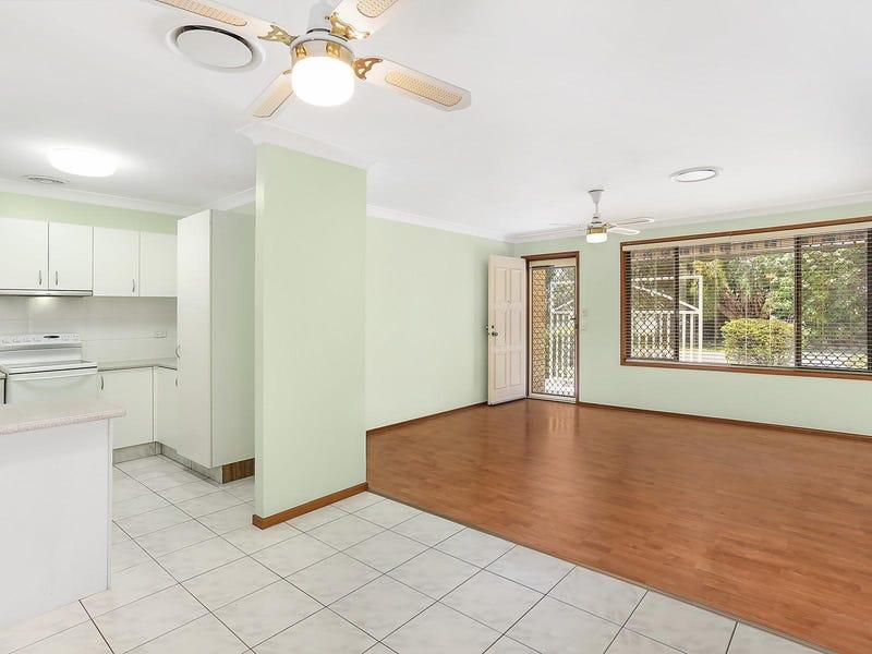 35 Waikiki Avenue, Palm Beach, Qld 4221