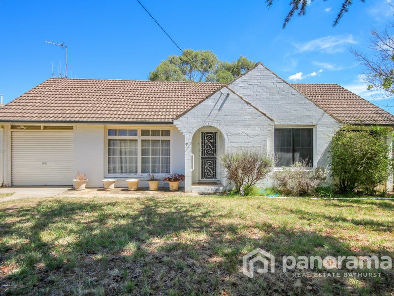 7 Edgell Street, West Bathurst, NSW 2795