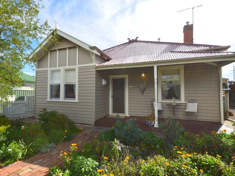107 Loch Street, Maryborough, Vic 3465