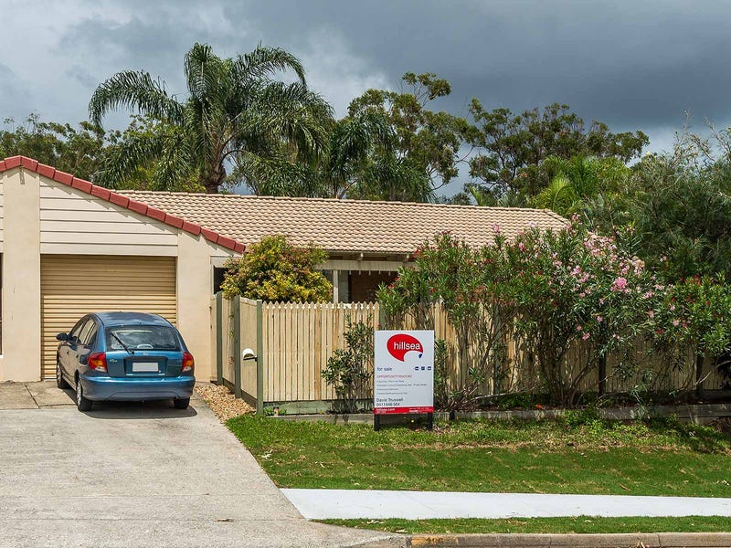 1/196 Whiting Street, Labrador, Qld 4215