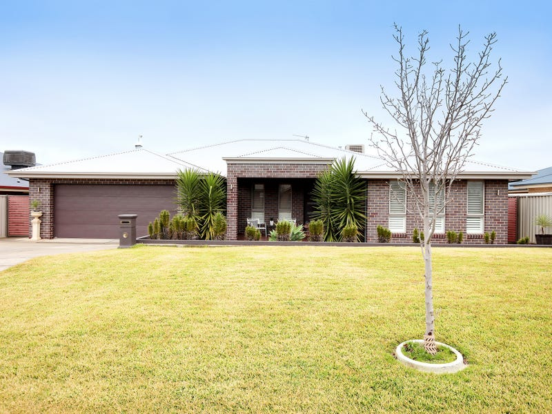 32 Dundale Crescent, Estella, NSW 2650