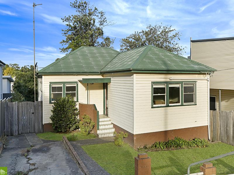 7 Prospect Street, Mount Saint Thomas, NSW 2500