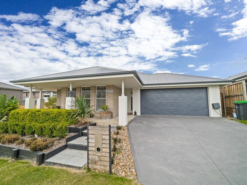 14 Riverflat Drive, Glenmore Park, NSW 2745