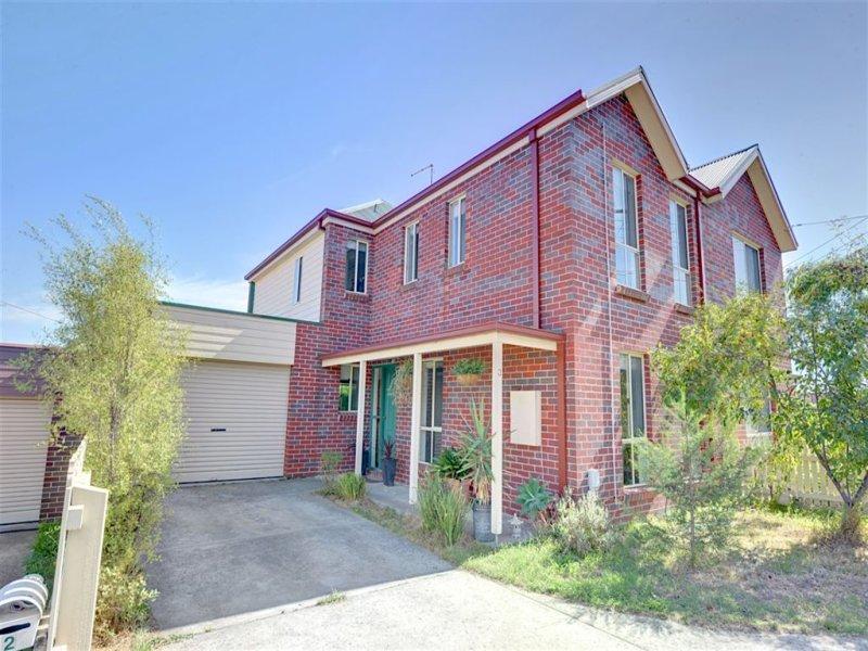 3 Bentley Place, Ballarat East, Vic 3350