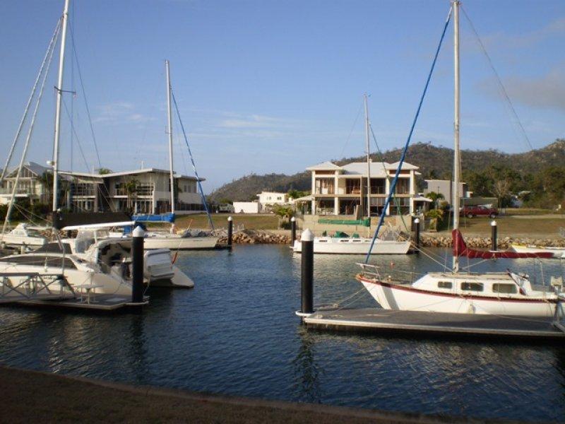 21 The Cove  Nelly Bay, Picnic Bay, Qld 4819