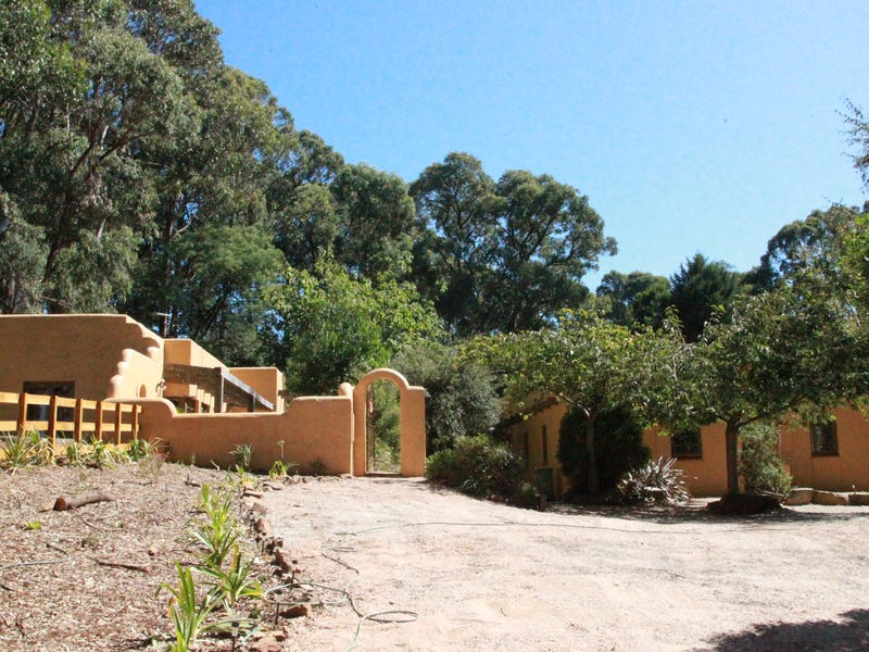 355 Kinglake-Glenburn Road, Kinglake, Vic 3763
