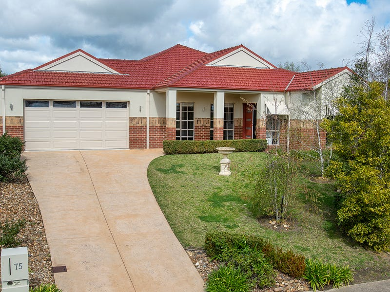 75 Apple Berry Avenue, Langwarrin, Vic 3910