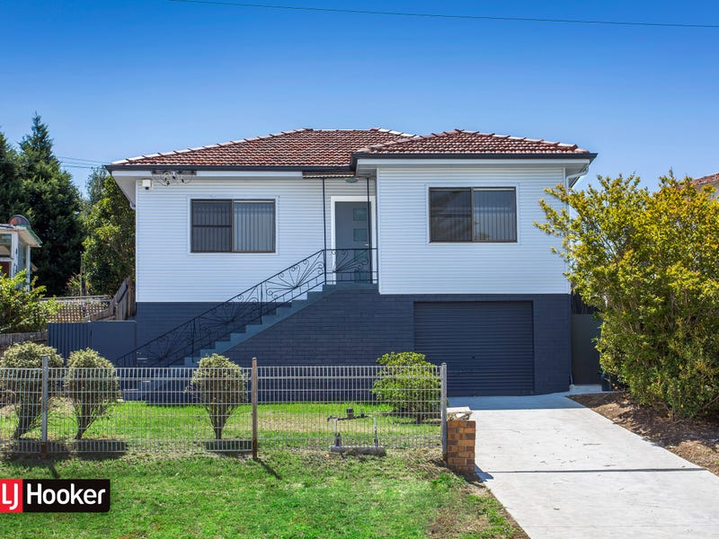 62 First Avenue North, Warrawong
