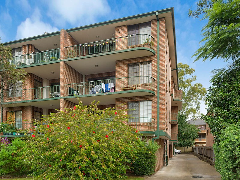 2/8 Hainsworth Street, Westmead, NSW 2145