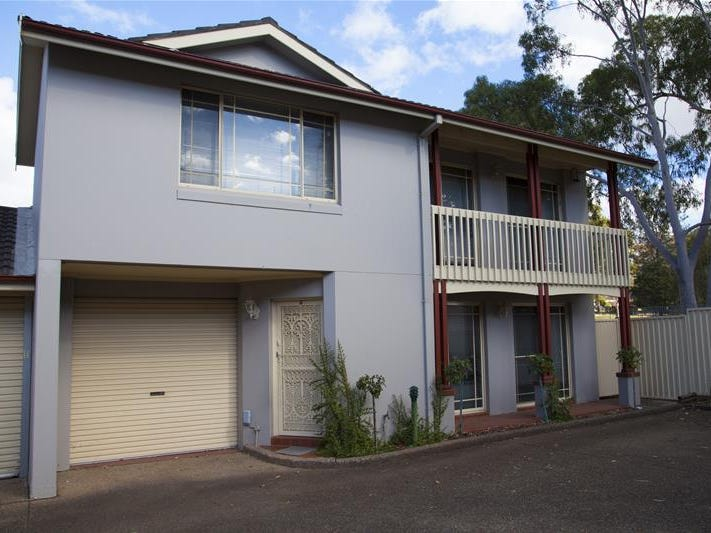 4/87 Ingham Drive, Casula, NSW 2170