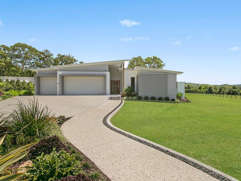 8 Golden Valley Place, Valdora, Qld 4561
