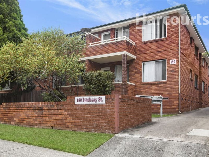7/180 Lindesay Street, Campbelltown, NSW 2560